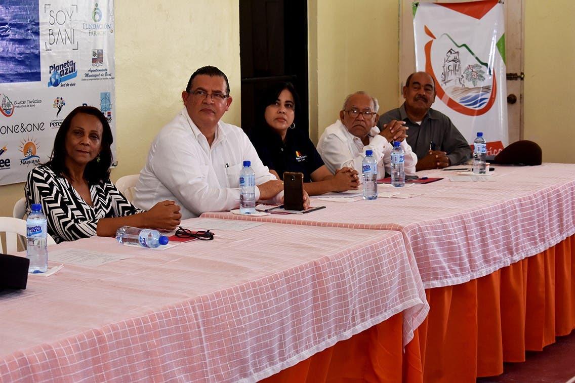 """""""Salinas Vive"""", primer foro turístico en Baní"""