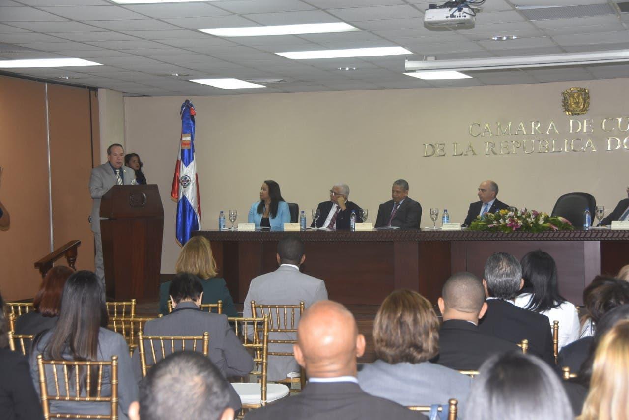 CCRD relanza Escuela Nacional de Cuentas