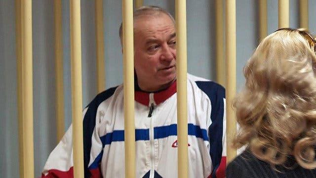 Exespía ruso en estado grave en el Reino Unido por posible envenenamiento