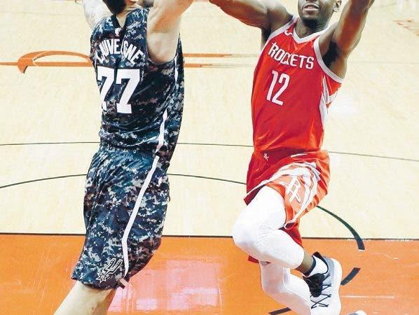 Máquina de triples-dobles, Westbrook ya suma 100 en su carrera