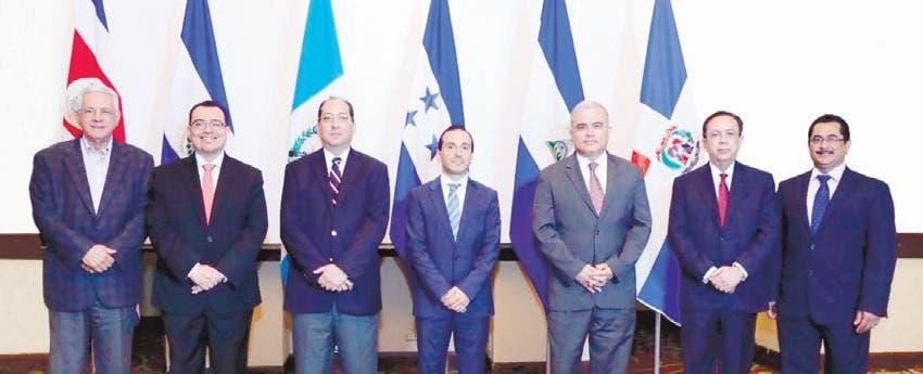 Valdez Albizu resalta resultados economía de RD en Nicaragua