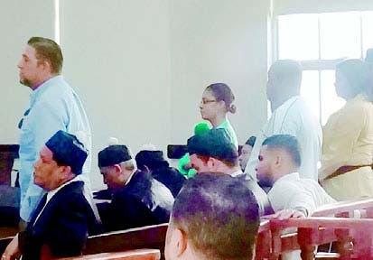 Acusados mientras escuchaban veredicto
