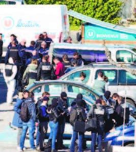 Tres muertos en ataque de islamistas  en Francia