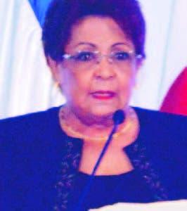 Alejandrina Germán encabezó acto.