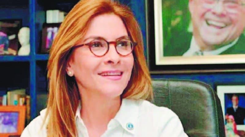 Carolina Mejía sería la primera mujer en ocupar la secretaría general del Partido Revolucionario Moderno