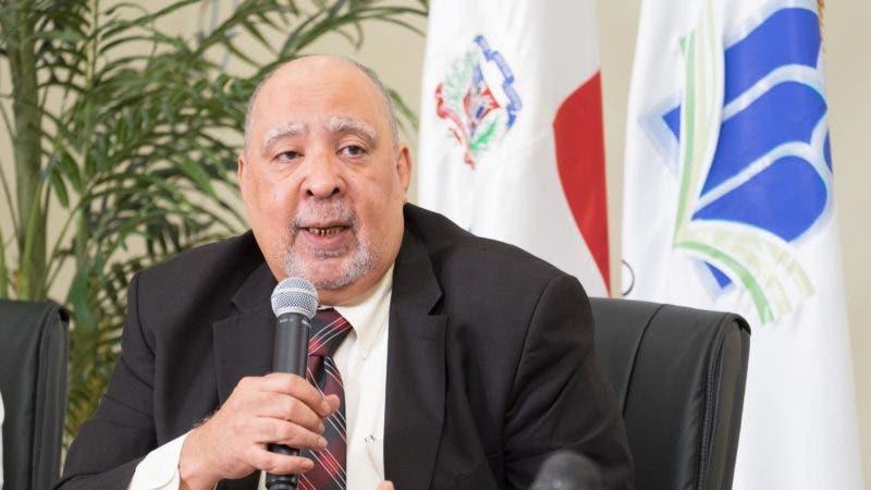 Dr. Julio Sánchez Maríñez, rector del ISFODOSU