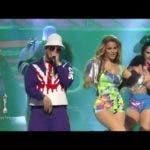 Daddy Yankee y Caroline Aquino bailan Dura