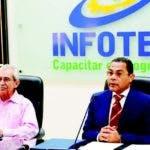 El director del Infotep, Rafael Ovalles, y el presidente de la Fundación Sabores Dominicanos, Bolívar