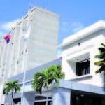 El gobierno establece estos procedimientos y controles mediante el Ministerio de Hacienda y Digepres.
