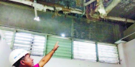 Techo del Cabral y Báez no se desplomó; cambian tuberías