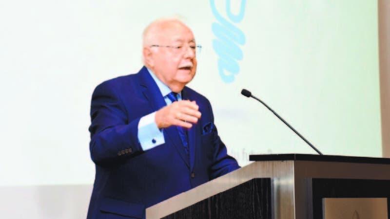 El ministro de Energía y Minas, Antonio Isa Conde, anuncia campaña de uso racional de energía