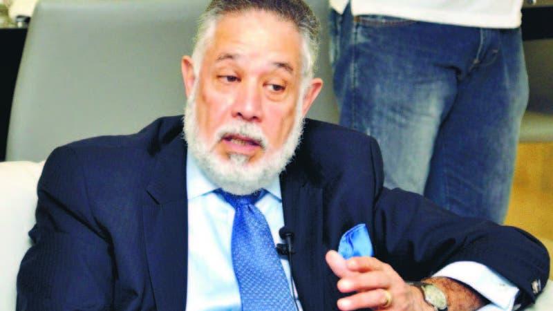 El presidente de la Asociación de Industrias de la República Dominicana (AIRD), Campos de Moya