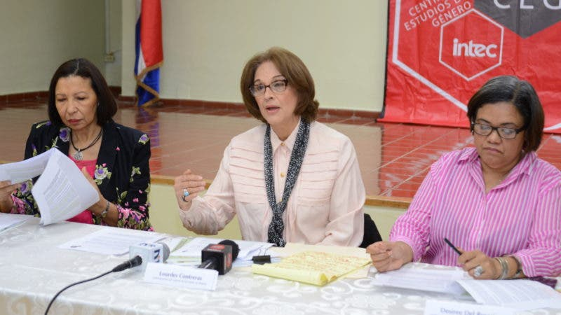 Elsa Alcántara, Lourdes Contreras y Desiree del Rosario