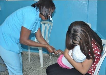 Difteria: Asociación de Enfermería «pone el grito al cielo»; dice personal no alcanza ante desbordamiento de pacientes