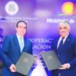 Francisco Javier García y Miguel Vargas, ministros de Turismo y de