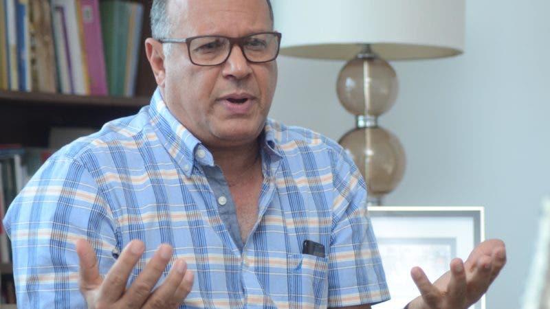 Dr. Nelson  Rodríguez Monegro.