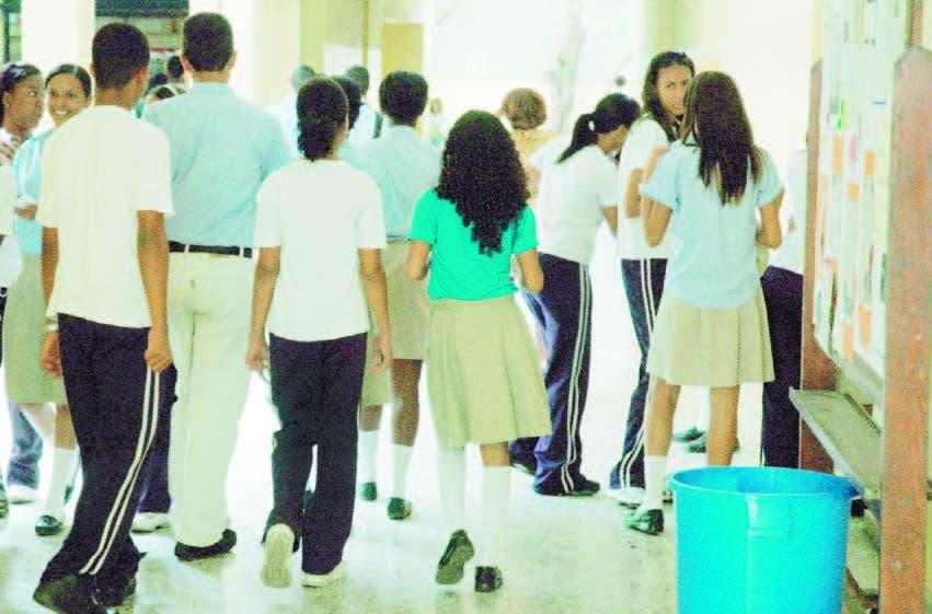 Los profesores de Salcedo exigen más controles en el aula
