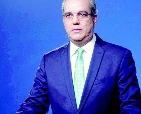Luis Abinader habló anoche a través de cadena de radio y televisión