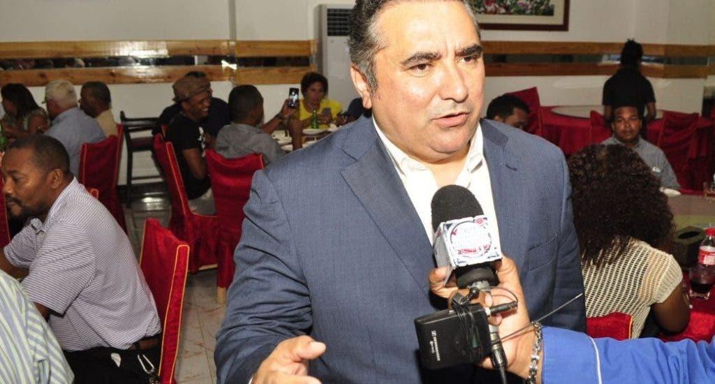 Muro irá a la JCE en busca de reconocimiento como partido político