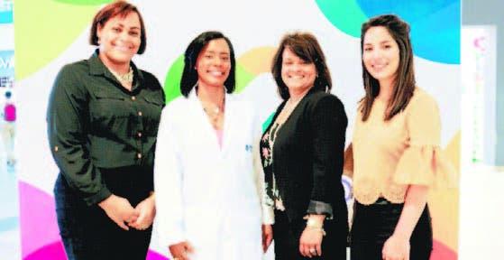 Paola Suncar, Lina Rosado, Ninoska Silva y Sonia Read