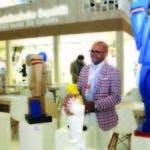 """Su participación en ITB de Berlín incluyó la exposición """"Magia del Caribe"""", con catorce de sus esculturas"""