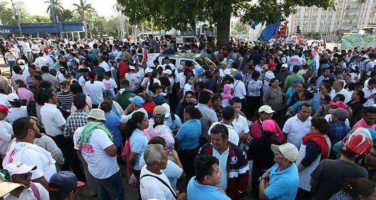 """Miles marchan """"por la paz"""" y contra Daniel Ortega en Nicaragua"""