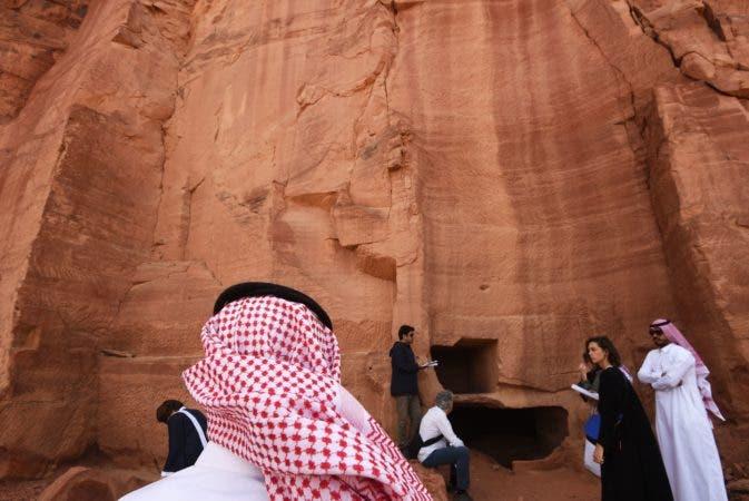 4. Al-Ula, un área rica en vestigios arqueológicos, es vista como una joya en la corona de las futuras atracciones de Arabia Saudita mientras el austero reino se prepara para emitir visas de turistas por primera vez, abriendo una de las últimas fronteras del turismo global