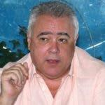"""Murió esta tarde de un infarto fulminante en su apartamento del sector Buen Vista Norte, el exsenador de esta provincia doctor Enrique Miguel Seijas, quien era conocido como """"El Chino""""."""