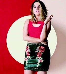 Covi Quintana transmite un estilo de vestir muy relajado a través de las redes sociales