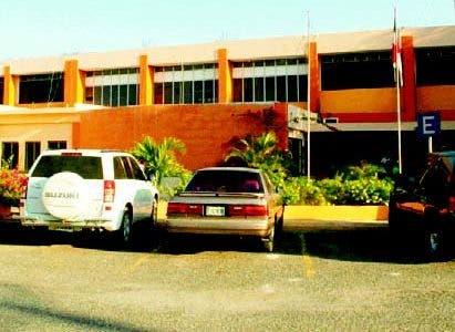 Waldo denuncia precariedades en el  hospital Barahona