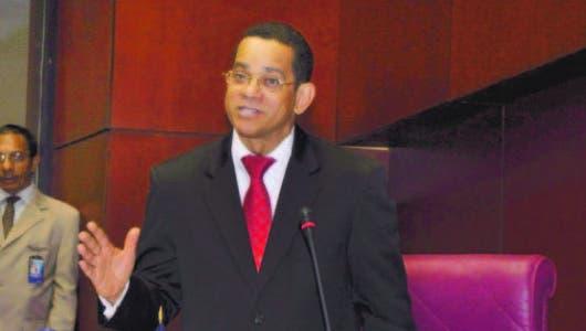 Senador  Vargas dice  su voto seguirá siendo en contra  primarias abiertas