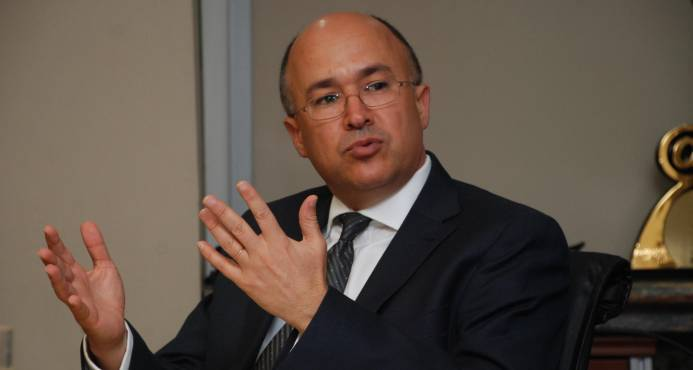 Domínguez Brito formaliza petición para el cese en cargos de Félix Bautista y Víctor Díaz Rúa
