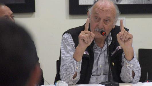 Despradel solicita conocer de urgencia propuesta destitución miembros de la Cámara de Cuentas