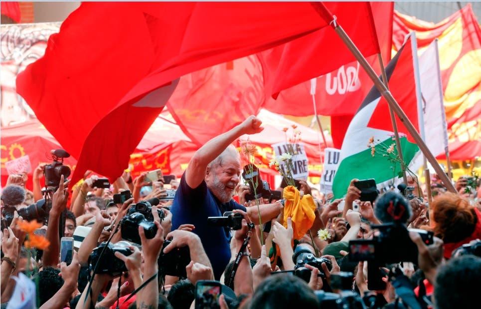 Partidarios de Lula inician «vigilia permanente» en Curitiba