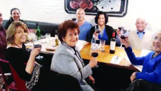 Rafael Solano festeja entre amigos y familiares su cumpleaños