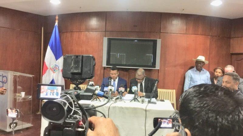 Martínez Pozo y Alcántara durante la rueda de prensa. Fuente externa.