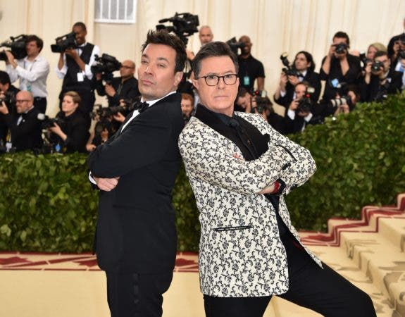 10. Jimmy Fallon y Stephen Colbert