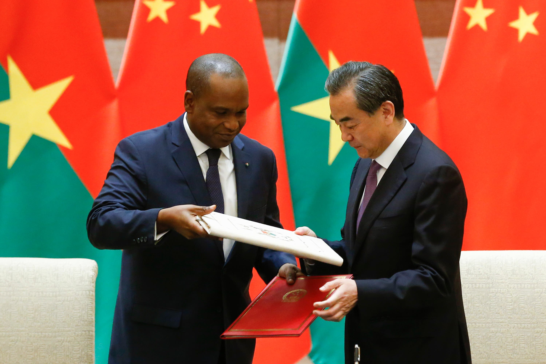 Burkina Faso establecen relaciones diplomáticas con China tras ruptura con Taiwán