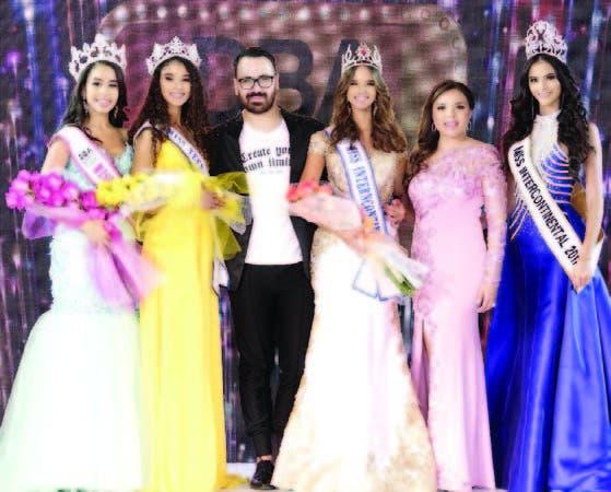 Angivette Toribio, Joheirry Mola, Honicer Sandoval, Wilma Antoniazzi, Karumi Suazo y Verónica Salas