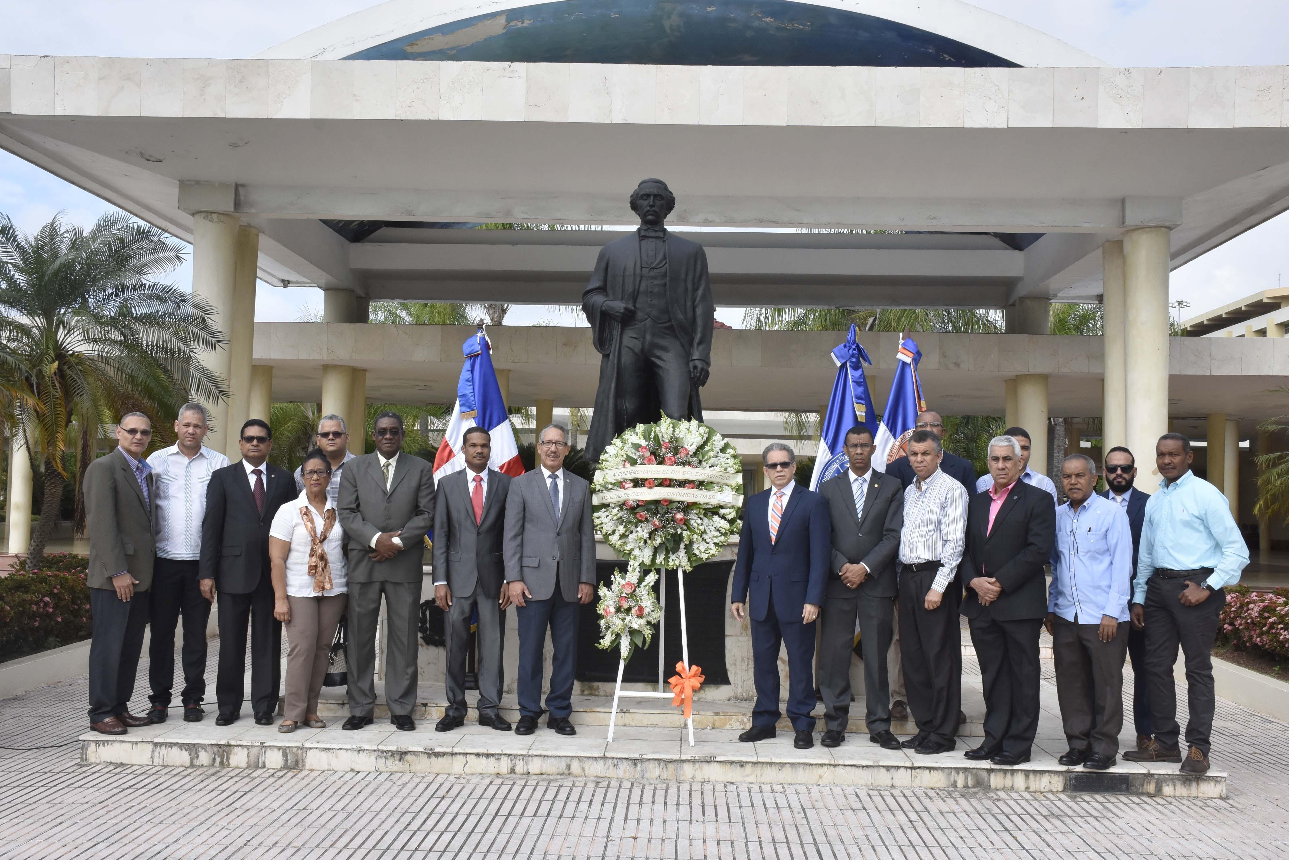 UASD conmemora el día del profesional de Estadística