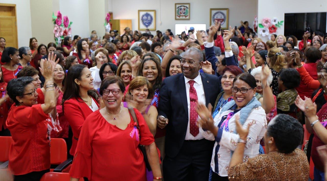 Editrudis Beltrán resalta papel que cumplen las madres