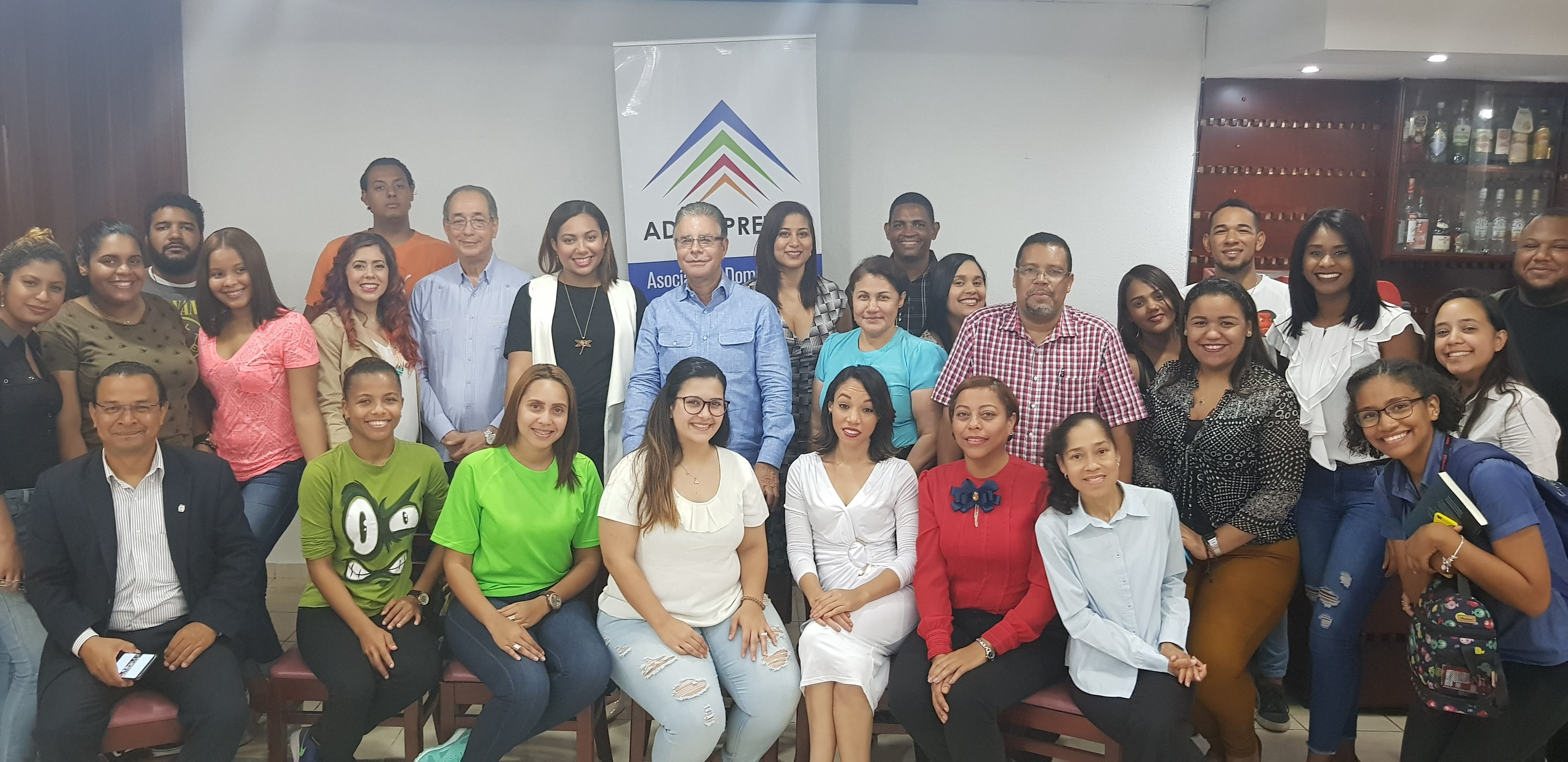Participantes en la primera jornada de capacitación sobre redes sociales.