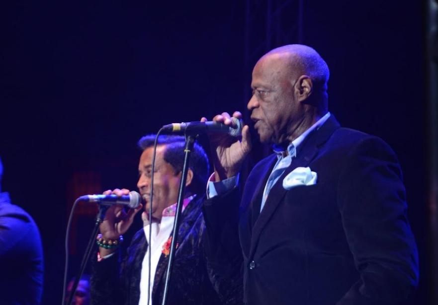 Johnny Ventura inicia con buen pie serie de conciertos en el coliseo Teo Cruz