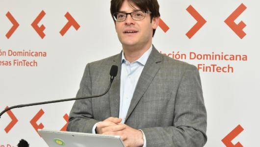 El presidente de Adofintech, señor Manuel Alejandro Grullón Hernández, expresó que este gremio tiene como objetivo fomentar el crecimiento de las finanzas fintech y la inclusión financiera de los dominicanos a través de la tecnología