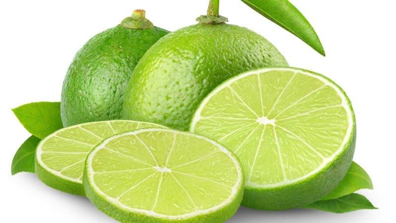 El limón es uno de los cítricos con mayor contenido de vitamina C.