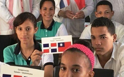 DE TAIWÁN A  CHINA: la República Dominicana y Taiwán