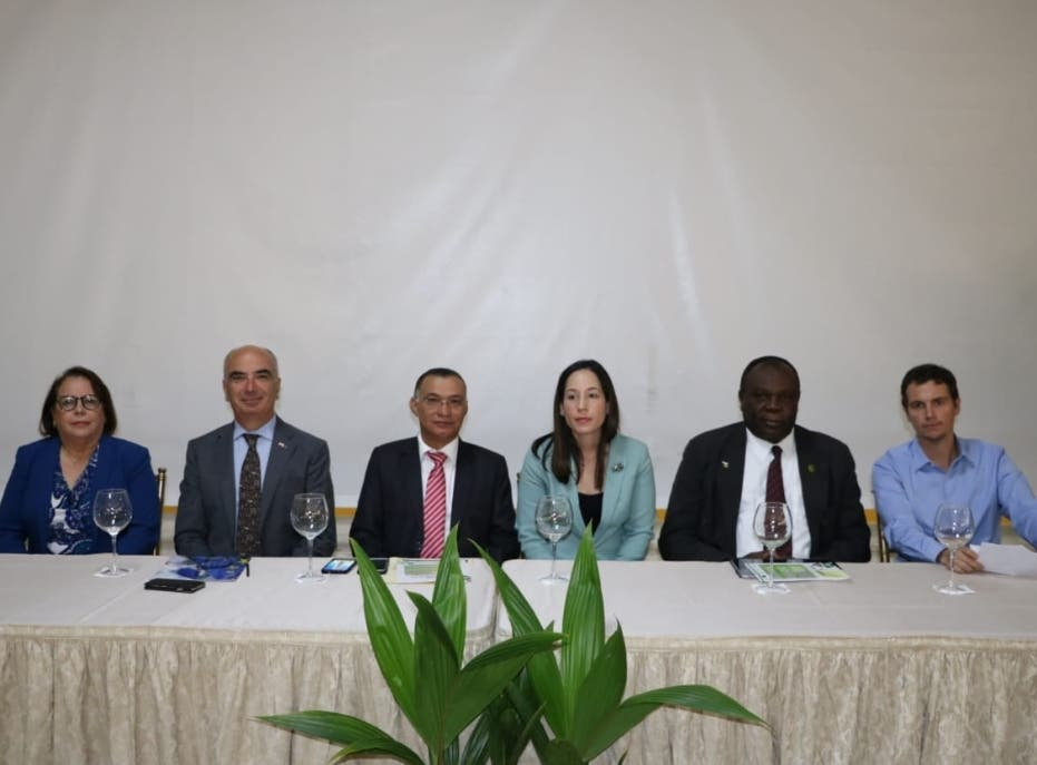 Realizan conferencia internacional del coco para impulsar su desarrollo