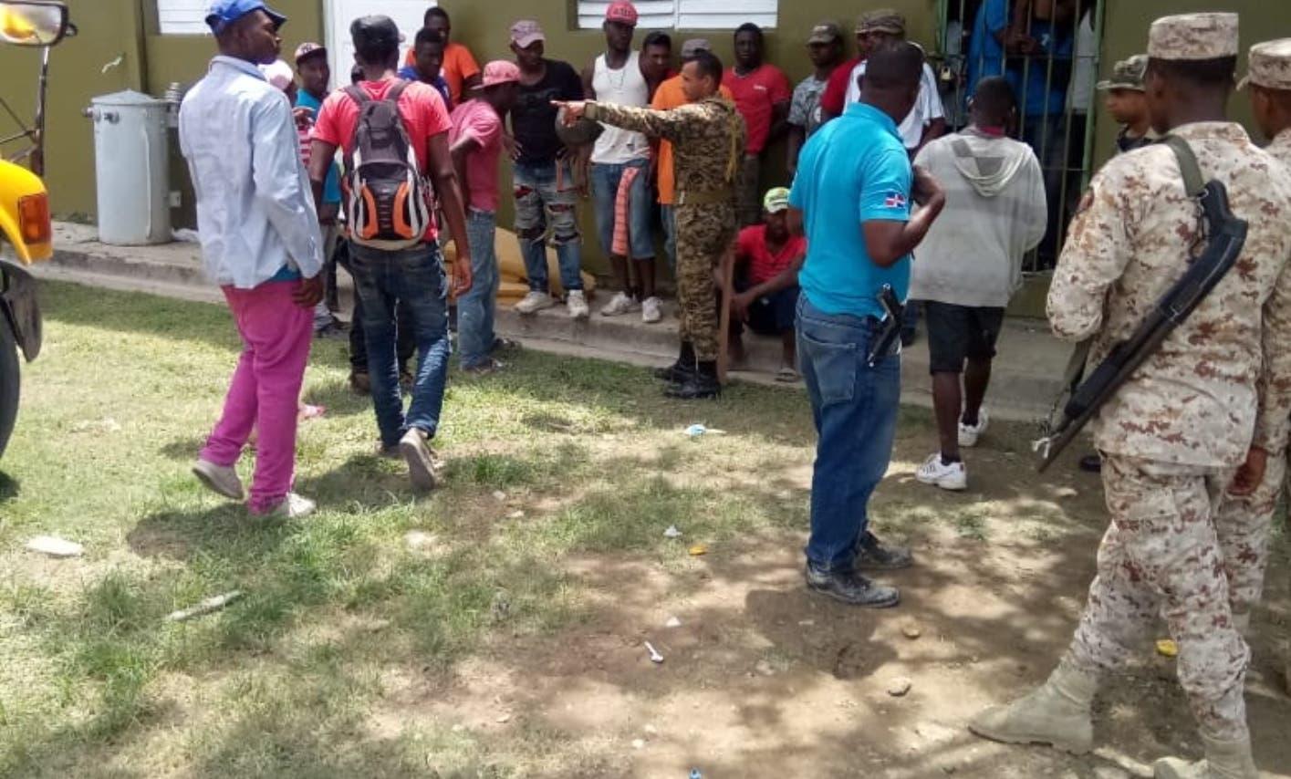 Haitianos  evaden los controles migratorios