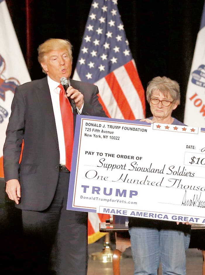 Acusan a Donald Trump usar fundación para su  beneficio