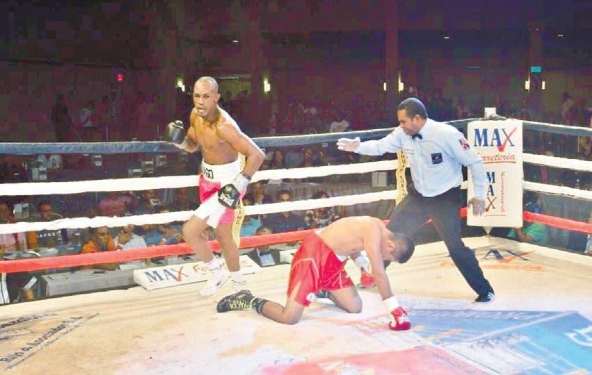 Encarnación peleará contra Aquino por título latino CMB
